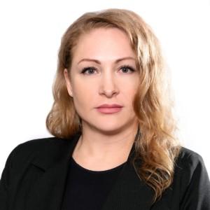 Макерова Юлия Игоревна – коммерческий директор